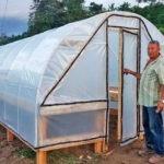 Pequeños productores de Centroamérica construyen secadoras solares para conservar y mejorar la calidad del café